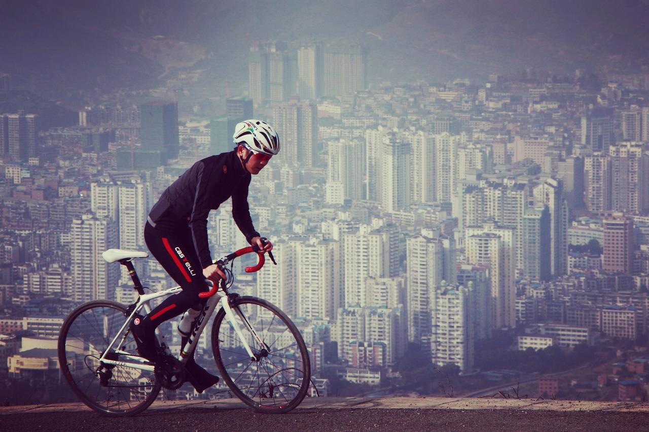riding-1269930_1280